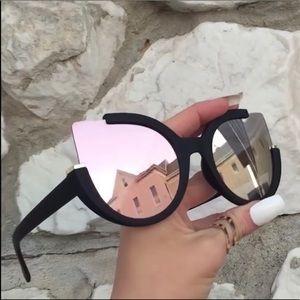 Accessories - Retro oversized Cateye sunglasses rose gold